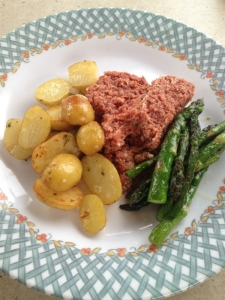 tinned corned beef with fresh potatoes and asparagus